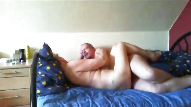 Vụng về trên phim sex hoc sinh xxx webcam 1